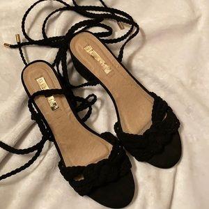 Billini lace up sandals size 9